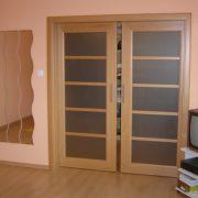 Beltéri ajtók, tolóajtók a panellakásokban